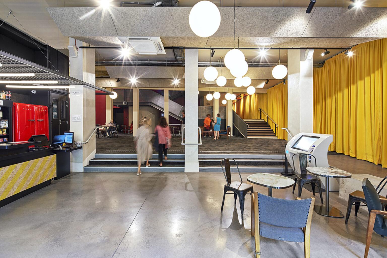 Atelier d'Architecture Lalo - Cinéma Les Variétés à Marseille